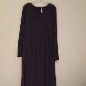 Basic stretchy brown dress